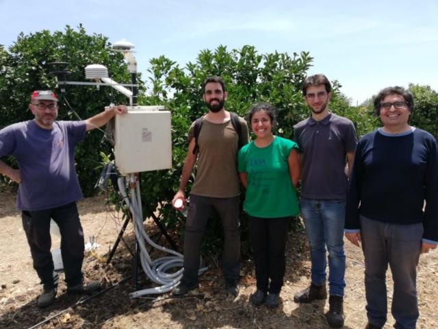 Team UniCT durante i lavori in campo